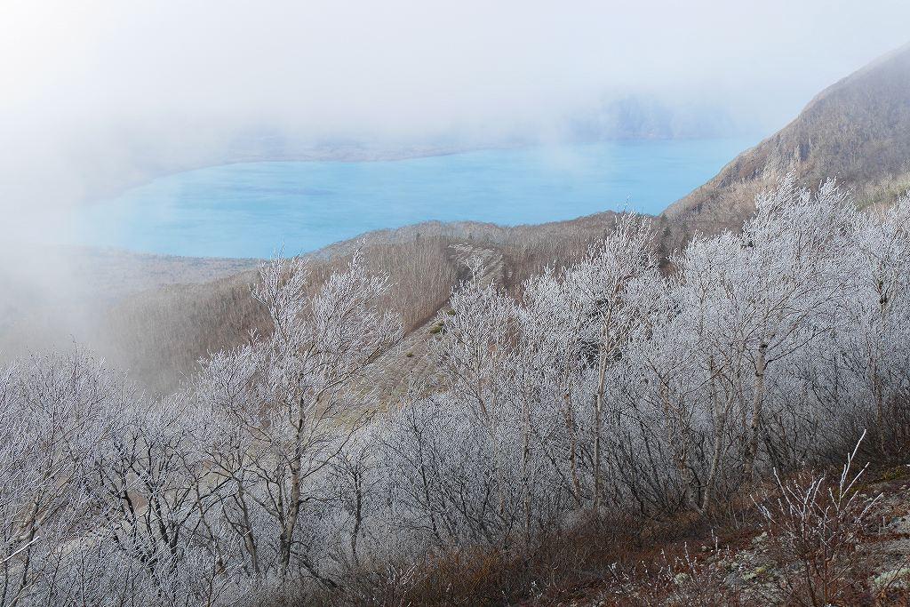 今年100山目は初冠雪の樽前山、10月28日_f0138096_16404553.jpg