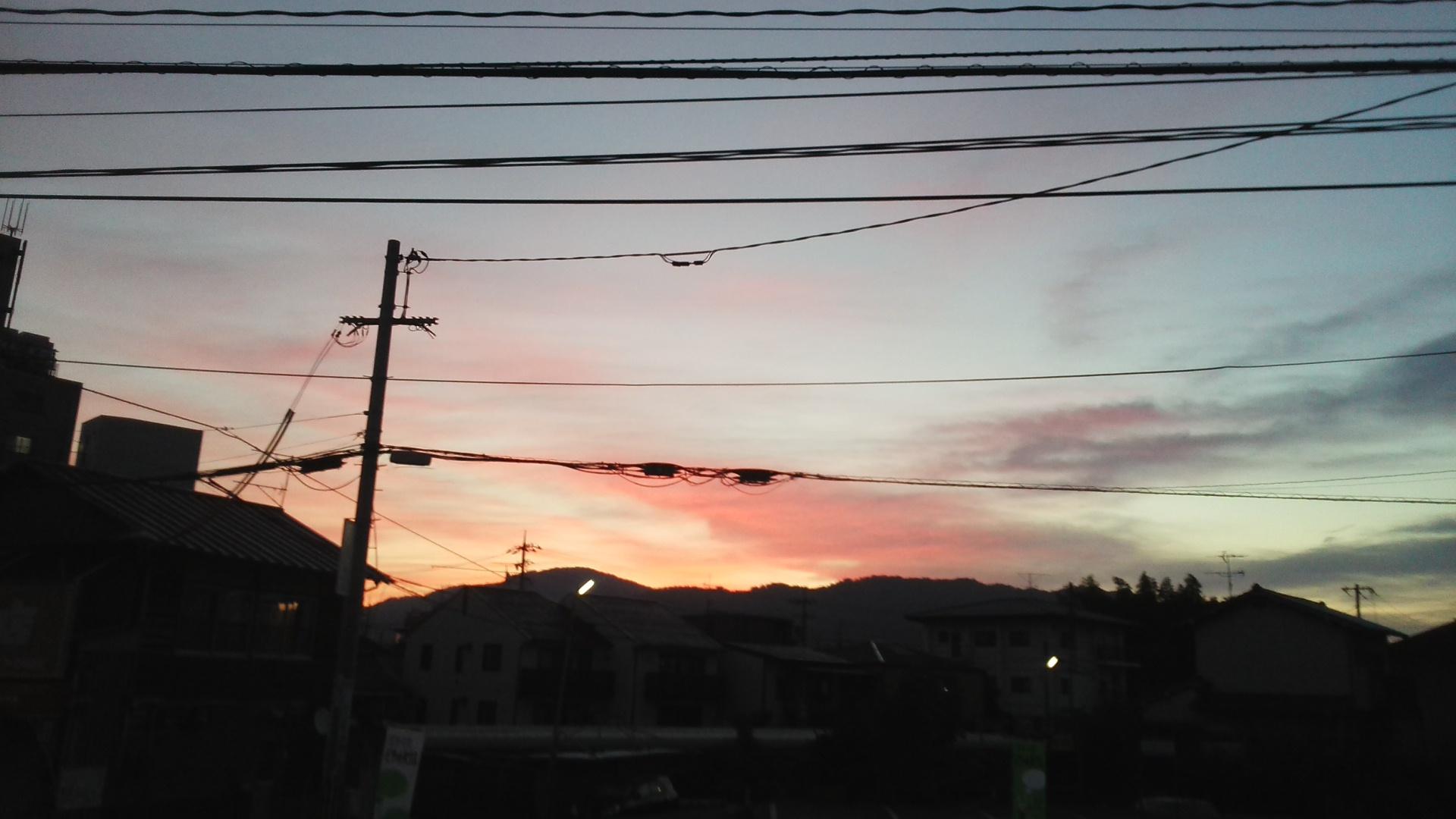 朝焼けの広島、冷え込みました_e0094315_07510587.jpg