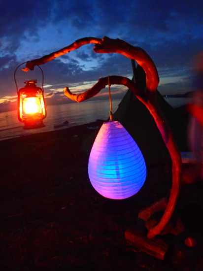 100均のおしゃれインテリア提灯を使って幻想的な雰囲気に!