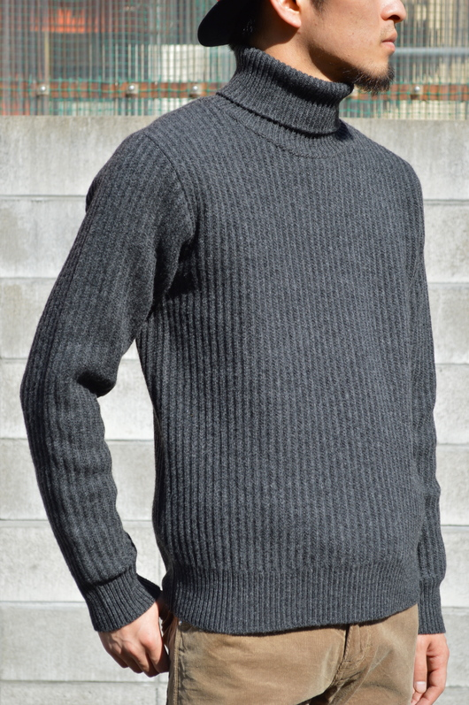 WACKO MARIA - Adult Coat & Turtle Neck Sweater Look!!_f0020773_1983454.jpg