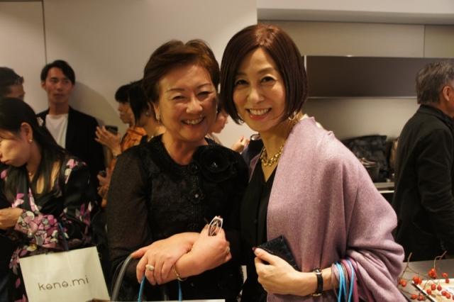 裏地桂子さん『ほめられきもの宣言』出版記念パーティーへ_a0138976_19453174.jpg