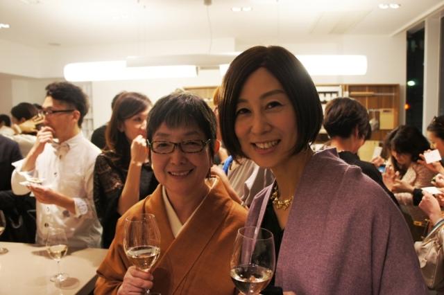 裏地桂子さん『ほめられきもの宣言』出版記念パーティーへ_a0138976_19455571.jpg