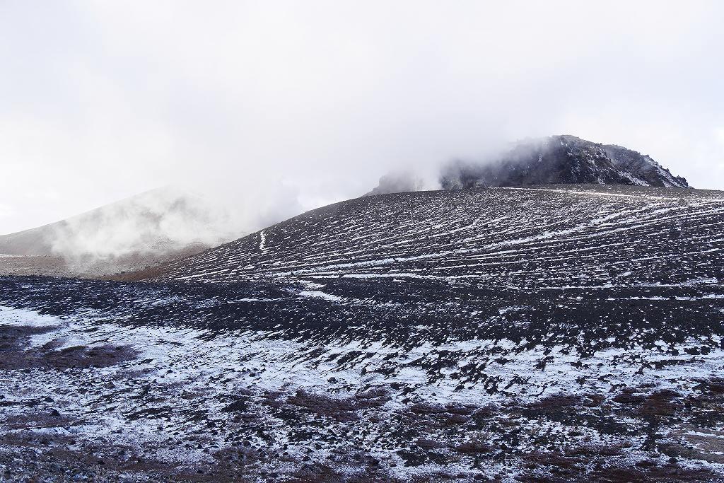 初冠雪の樽前山、10月28日_f0138096_13174190.jpg