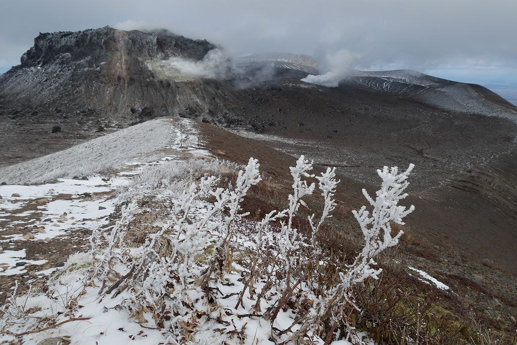 初冠雪の樽前山、10月28日_f0138096_13175796.jpg