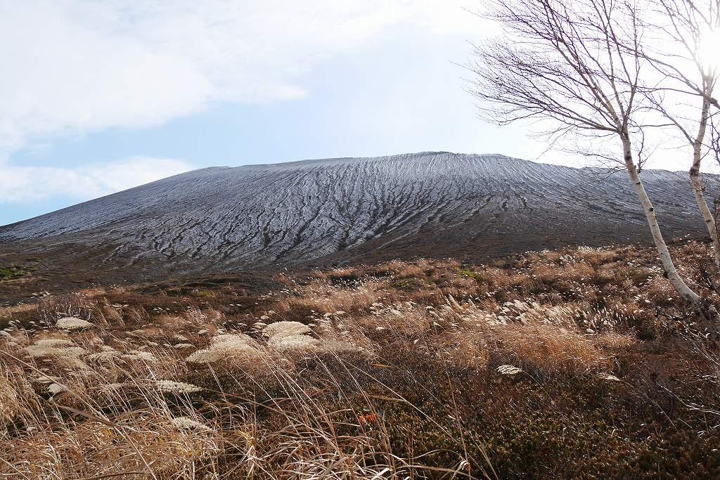 初冠雪の樽前山、10月28日_f0138096_13192811.jpg