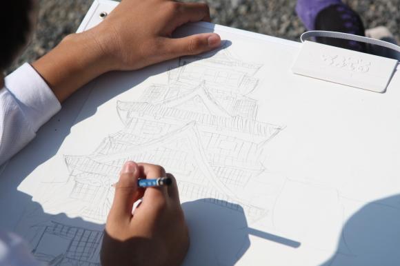 熊本城を描く6年生写生大会2_c0052304_12315231.jpg