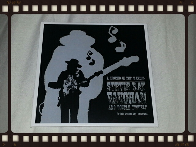STEVIE RAY VAUGHAN & DOUBLE TROUBLE / THE COMPLETE EPIC RECORDINGS COLLECTION_b0042308_1231855.jpg