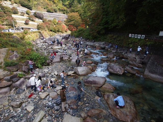 魚釣り大会と秋の加子母ツアー_f0207410_19553536.jpg
