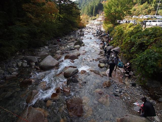 魚釣り大会と秋の加子母ツアー_f0207410_2024975.jpg