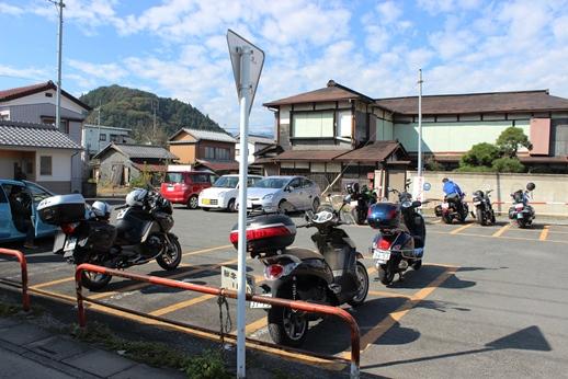 小鹿野町のわらじカツ丼_e0222836_21554110.jpg