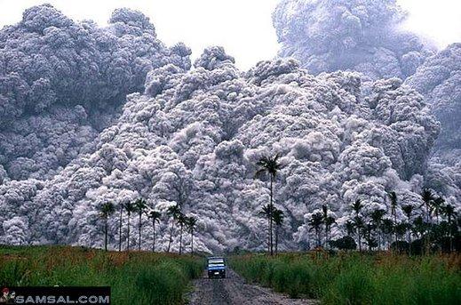 太陽フレア連続爆発と富士山噴火_b0221143_19245490.jpg