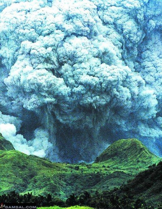 太陽フレア連続爆発と富士山噴火_b0221143_19245803.jpg
