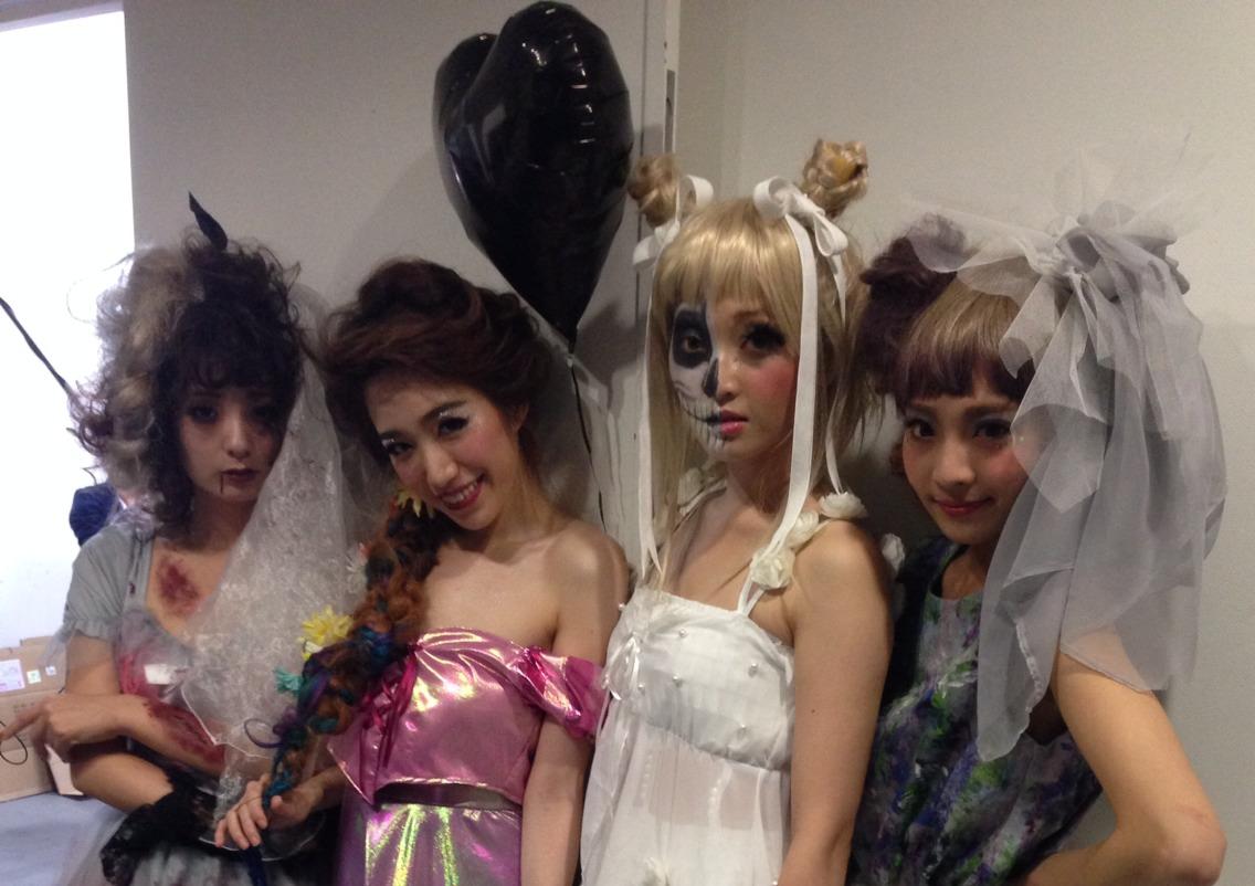 【イベント】TGC Night Halloween party☆ハロウィンイベントで無料ヘアアレンジやステージ上でモデルさんのヘアアレンジをしました♪_c0080367_20411679.jpg