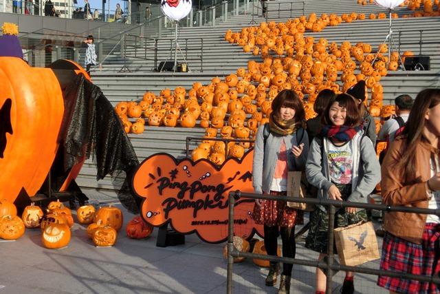 大阪駅広場でハロウィンパーティーちびっ子が可愛い、全国ハロウィンパーティー_d0181492_18122033.jpg