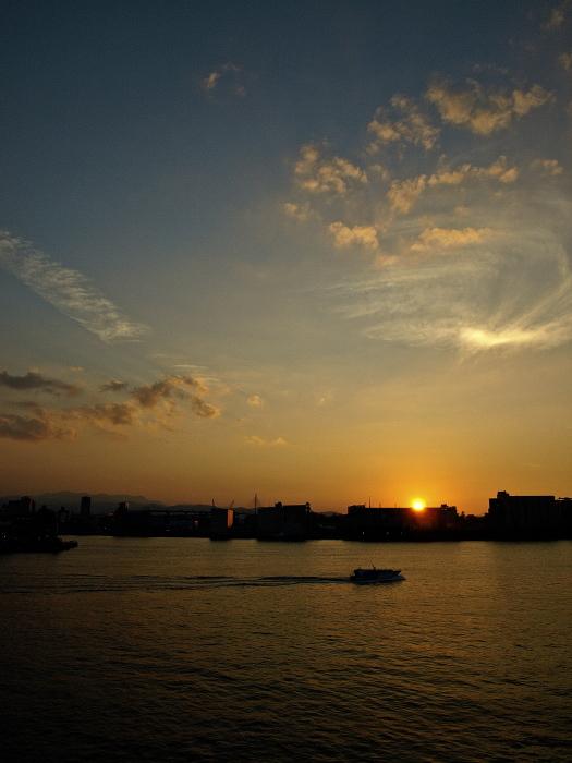 Sun set & Magic hour   博多港 _f0315034_13143059.jpg
