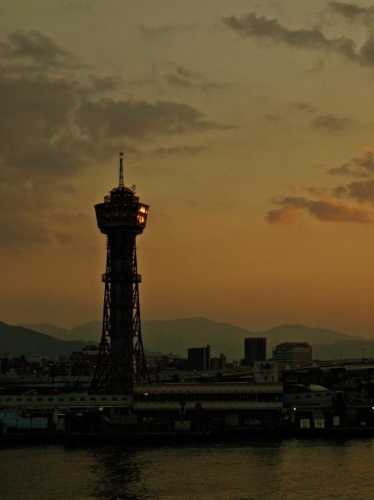 Sun set & Magic hour   博多港 _f0315034_13165946.jpg