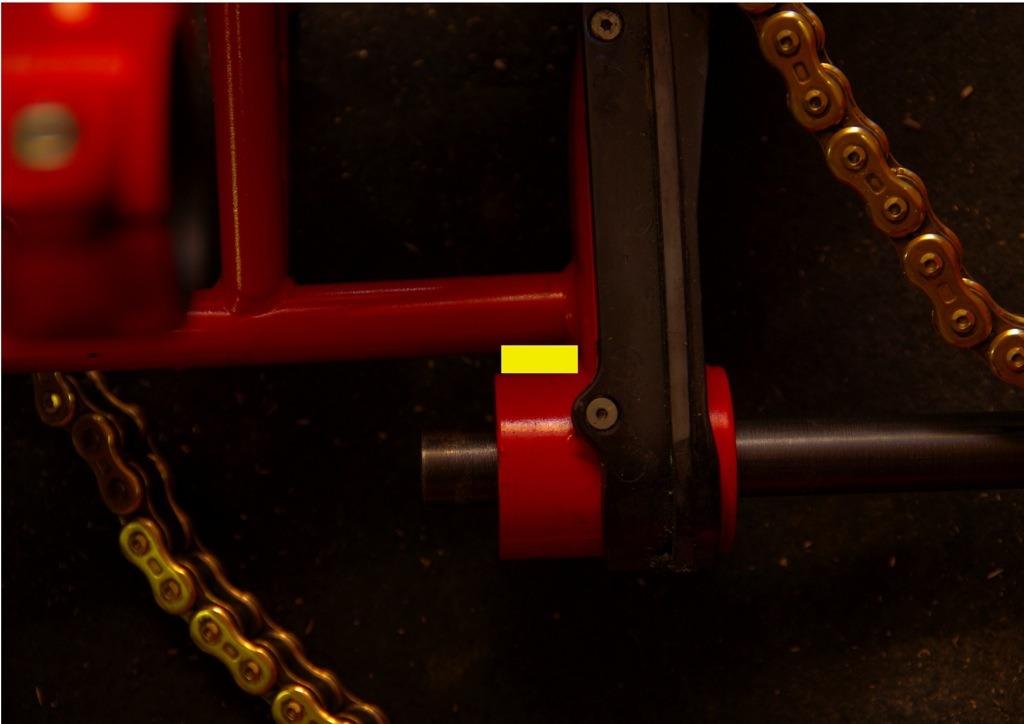 【DB7】スイングアームピボットの修正を考える_e0159646_304346.jpg
