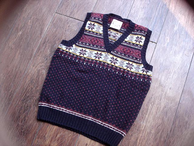 NEW : Jamieson\'s [Crew Neck Pullover] & [V Neck Vest] !!_a0132147_0123185.jpg