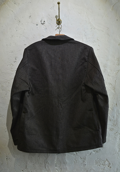 French hunting jacket with animal buttons_f0226051_16124429.jpg