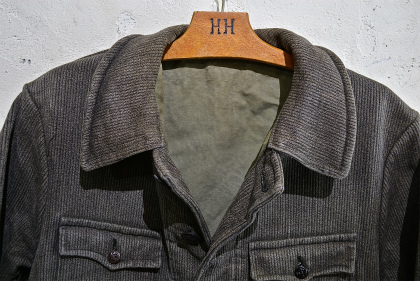 French hunting jacket with animal buttons_f0226051_1626783.jpg