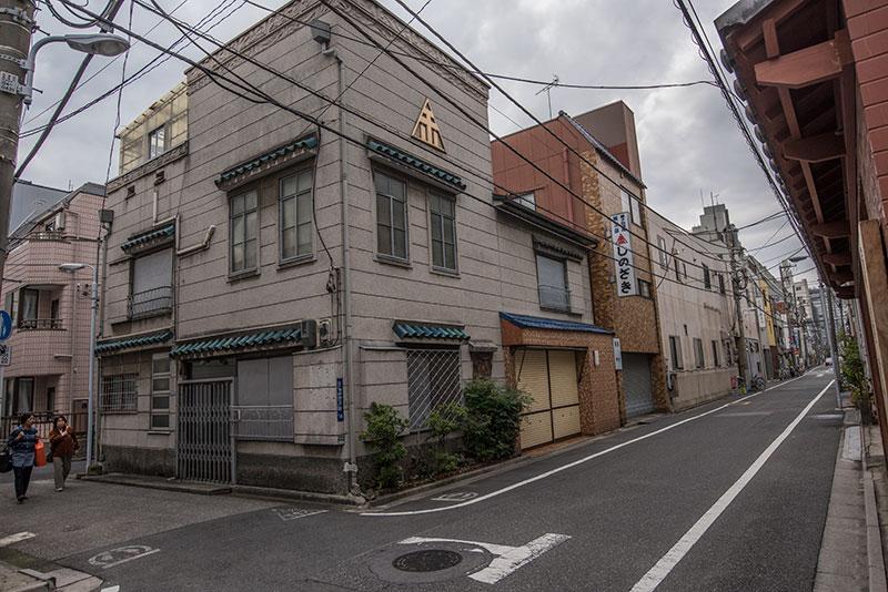 記憶の残像-682 東京都台東区 懐かしい家並みがぽつりぽつり_f0215695_16212564.jpg