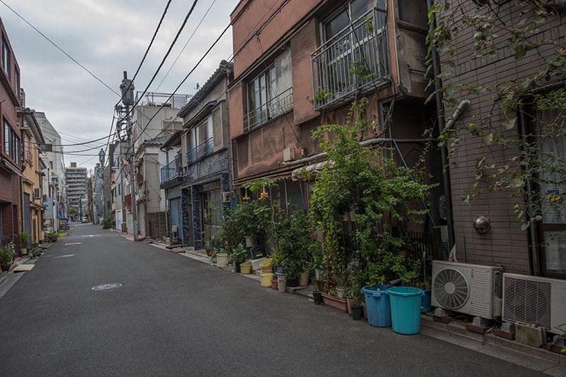 記憶の残像-682 東京都台東区 懐かしい家並みがぽつりぽつり_f0215695_16214839.jpg