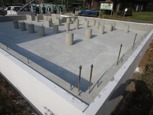 passiv haus 大宮堀の内:床下冷暖房専用基礎完成_e0054299_10284388.jpg