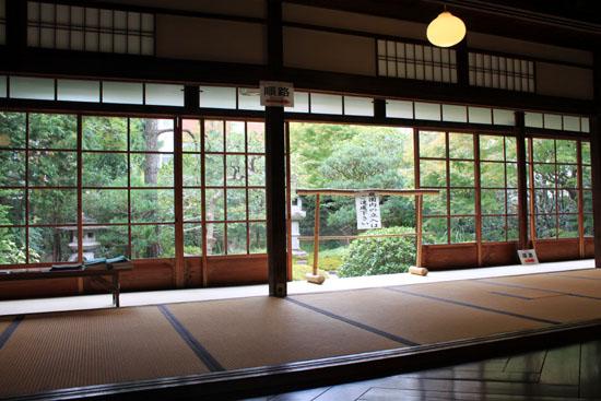 京都非公開文化財特別公開始まる_e0048413_2184122.jpg