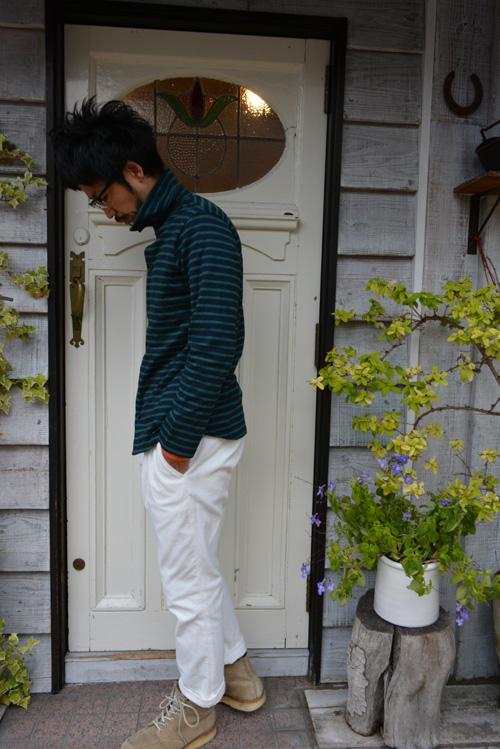 mokusiroの白いコーディロイジョッパーズ_a0113127_12153556.jpg