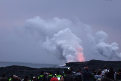 ハワイのキラウエーイが噴火!_b0137932_1417053.jpg