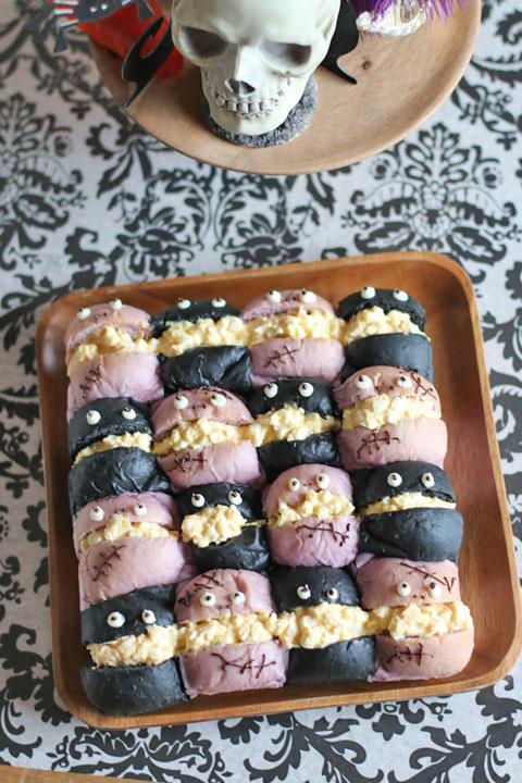 ミッキーの棺ケーキバースデーケーキとハロウィンパーリー!_f0149855_2305855.jpg