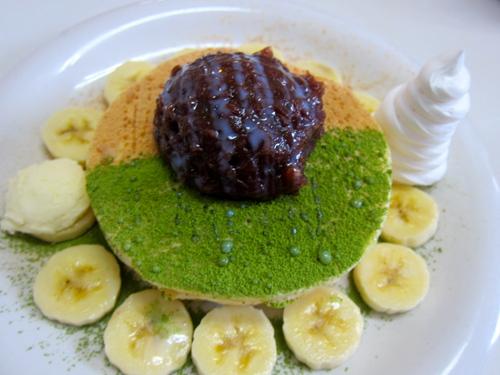 Anko & Banana pancakes._c0153966_1635457.jpg