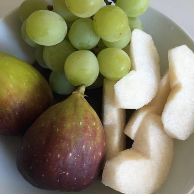 秋の果物_e0117783_17491527.jpg