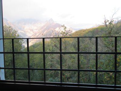 眺めのいい部屋〜Ponte di Vara_d0136540_1414418.jpg