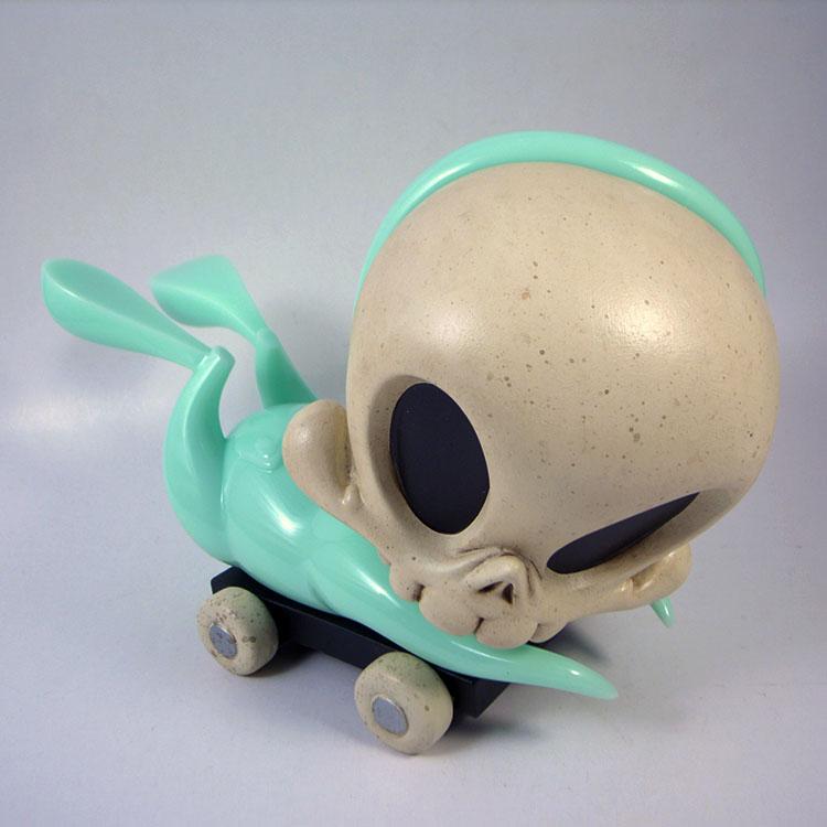 Milk Glass Mint Pull-Cart Skelve by B. Peters and K. Olivas_e0118156_22201464.jpg