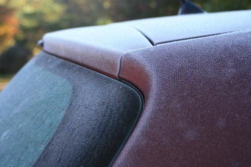 車も凍る_e0179508_09035337.jpg