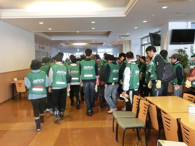 「よき企業市民」に 中塚社長を始め120名以上のジヤトコの皆さんに参加いただいたヒガンバナの植付け作業_f0141310_7413848.jpg