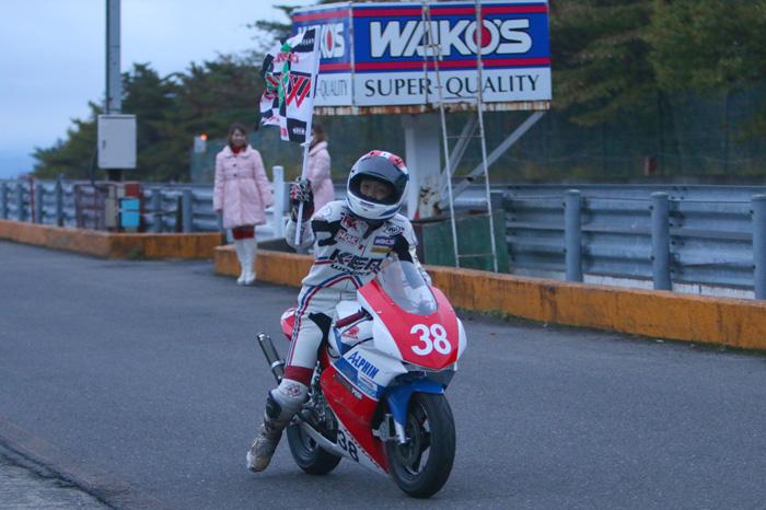 2014エビスミニバイク90分耐久レース ①_d0067418_1237277.jpg