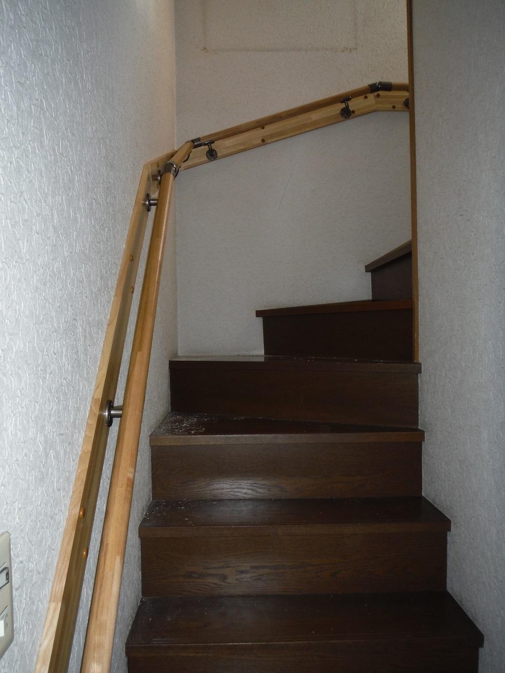 階段手すり ~ 完成_d0165368_6165734.jpg