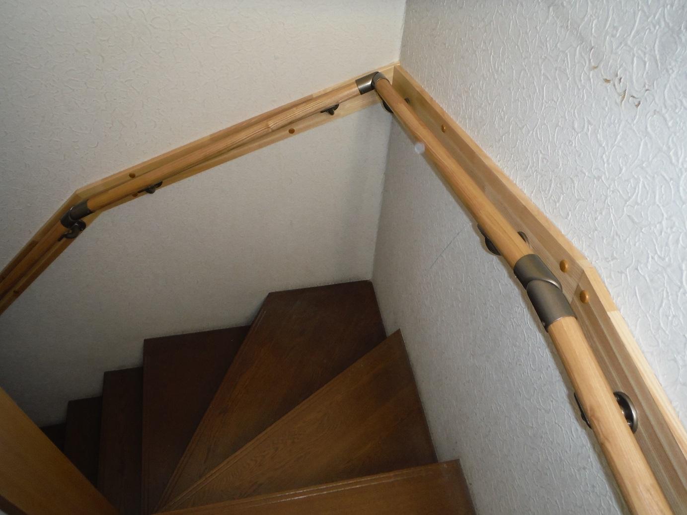 階段手すり ~ 完成_d0165368_617875.jpg