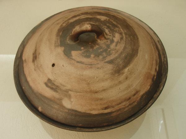 土鍋と鍋敷き_b0132442_17104818.jpg