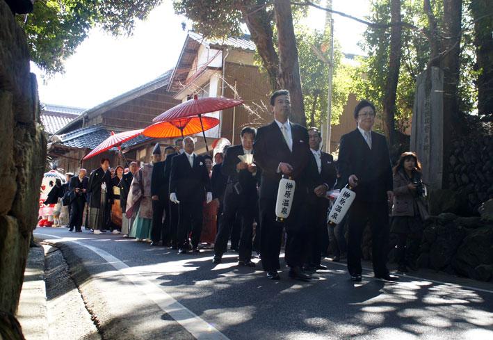 来年も榊原温泉のお雛さま_b0145257_1447359.jpg