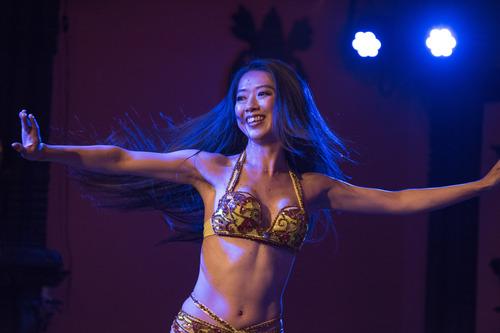 11月11日火曜はマンディールにてベリーダンスショー_d0189569_954996.jpg