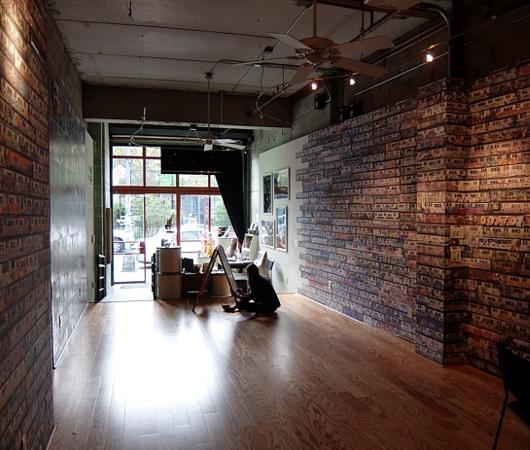 NYの文化活動支援NPOが運営する小さなギャラリー、City Lore_b0007805_0333100.jpg