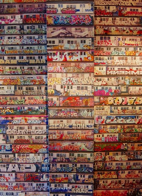 NYの文化活動支援NPOが運営する小さなギャラリー、City Lore_b0007805_051233.jpg