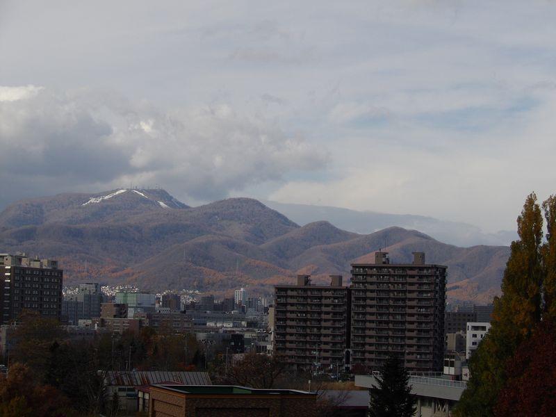 山の雪も溶けたか?_c0025115_17202390.jpg