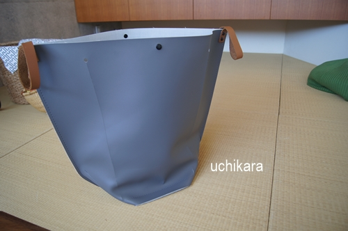 sarasa design storeのランドリーバッグ_a0129661_10341458.jpg