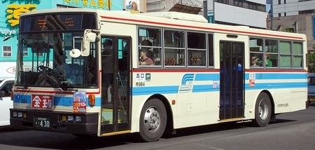 佐世保市交通局の富士重工架装車 _e0030537_1152462.jpg