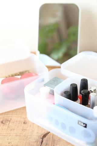 私の化粧品収納法_f0173771_23344567.jpg