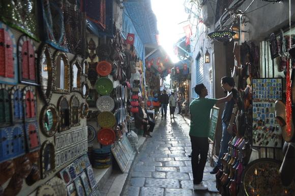 サーラ徒然 チュニジア旧市街地_a0141134_12371187.jpg